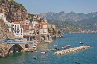 Ad un passo dall'acqua: i 10 luoghi più belli a strapiombo sul mare