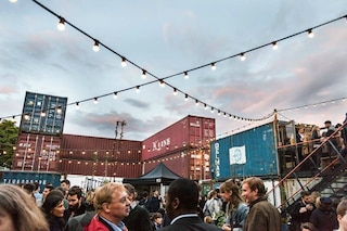 Una mini-città fatta di container: benvenuti a Pop Brixton