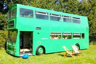 Da city bus ad albergo itinerante: la trasformazione è incredibile