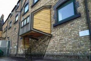 Londra: arrivano i rifugi per senzatetto sospesi sulle facciate degli edifici