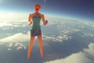 Viaggi stratosferici: le 10 cose più assurde spedite nello spazio