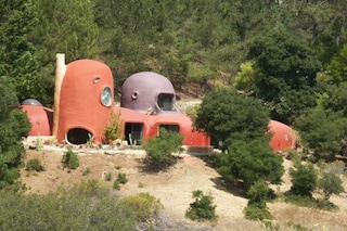 La vera casa dei Flintstones esiste: ecco dove si trova