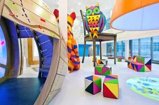 Londra: 15 artisti trasformano l'ospedale pediatrico in un trionfo di colori