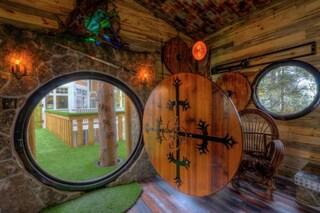 Vivere da Hobbit: benvenuti nell'hotel ispirato al Signore degli Anelli
