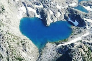 Love is in the air: i 10 laghi a forma di cuore più romantici al mondo