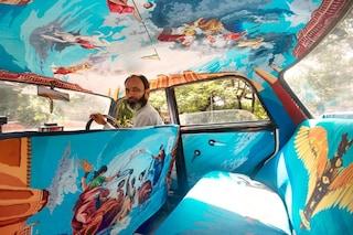 Mumbai: i taxi indiani diventano opere d'arte viaggianti