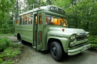 Da mini bus fatiscente a perfetta guest house: la trasformazione è incredibile