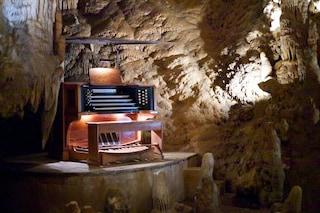 È l'organo musicale più grande del mondo e suona grazie alle stalattiti (VIDEO)