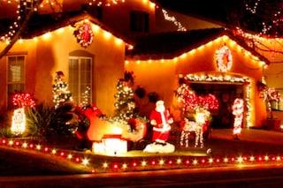 Magie di Natale: ecco il quartiere che si illumina a ritmo di musica (VIDEO)