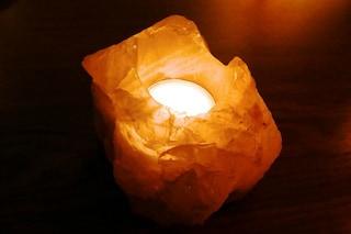 Lampade di sale: ecco tutti i benefici di questi prodigiosi punti luce
