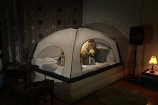 Room in Room, la tenda che rende il vostro letto una calda stanza