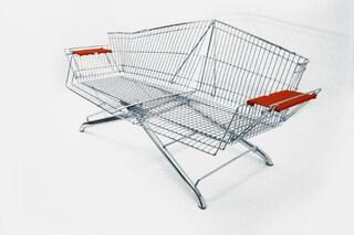 Originali arredi da esterni: ecco come riciclare i carrelli della spesa
