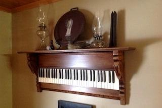 Ecco come riciclare i vecchi strumenti musicali ed arredare casa