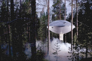 Vacanze su un altro pianeta: ecco i più incredibili hotel a forma di UFO
