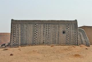 Tiebelè: il villaggio africano dove ogni casa è un'opera d'arte