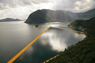 The Floating Piers: la passerella di Christo sul Lago d'Iseo entra nella storia