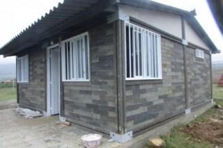 Sembra una costruzione LEGO: ecco la prima casa fatta con mattoni di plastica