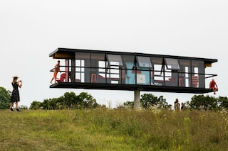 Poggia solo su una colonna: ecco la casa che ruota di 360°