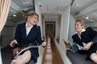 Ecco dove dormono gli assistenti di volo sugli aerei