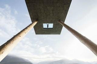 È come nuotare nel cielo: ecco la piscina più vertiginosa al mondo