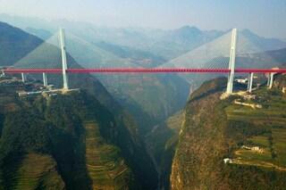 La Cina a 565 metri di altezza: ecco il ponte più alto del mondo