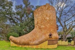 La casa a forma di stivale: ecco come si vive in una scarpa da cowboy