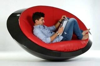 U.F.O. Oggetto di Arredo non Identificato: ecco la sedia a dondolo del futuro