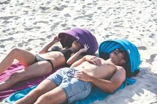 Shader: il cuscino da spiaggia per schermarsi dal sole