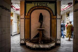 Alberghi diurni: i bagni pubblici dimenticati più belli d'Italia