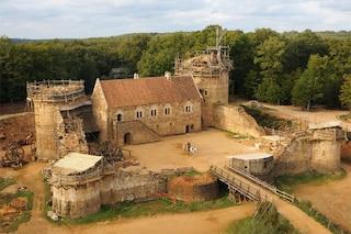 Guédelon: il castello medievale del XXI secolo costruito con tecniche e materiali antichi