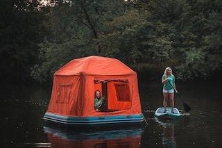 Camping sull'acqua: arriva la prima tenda che galleggia
