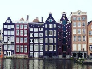 Ecco perché le case di Amsterdam sono storte