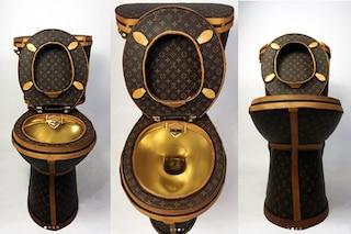 L'esclusivo water di Louis Vuitton: un gabinetto di pelle da 100.000 dollari