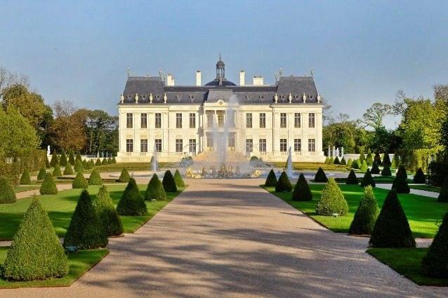 Francia, ecco chi è il proprietario del castello più costoso al mondo