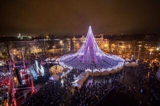 A Vilnius l'albero di Natale più luminoso al mondo