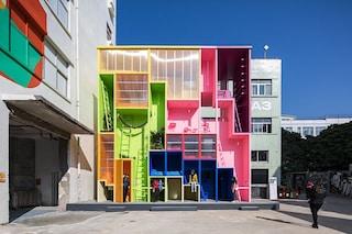 La casa dell'ego: il primo edificio impilabile che rifiuta gli egocentrismi in città