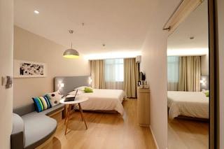 Come recuperare spazio in casa: 15 consigli utili per ambienti più ampi