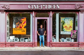 La storia di Parigi attraverso le vetrine dei suoi negozi