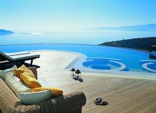 Vasche idromassaggio con vista: le più belle in giro per il mondo