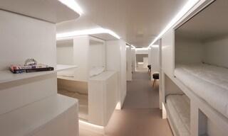 Airbus trasforma la stiva in comodi dormitori per i passeggeri