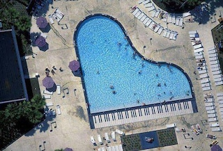 Le piscine più bizzarre del mondo