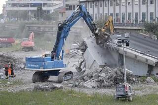 Come sarà abbattuto il Ponte Morandi a Genova: esplosivo o smontaggio