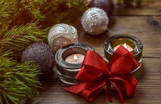 Addobbi di Natale 2020: tendenze e colori per decorare la casa e l'albero