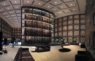 A Yale l'edificio più grande d'America dedicato ai libri rari