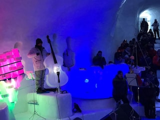 Ice Dome, il teatro di ghiaccio a 2.600 metri di altezza
