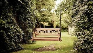 I 12 migliori dondoli da giardino: classifica aprile 2019, pro e contro