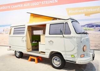 LEGO crea il primo camper Volkswagen a grandezza naturale