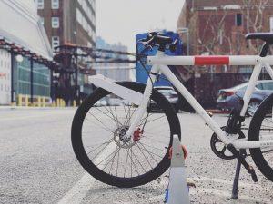 Clip Il Motore Portatile Che Trasforma Qualsiasi Bicicletta In Una