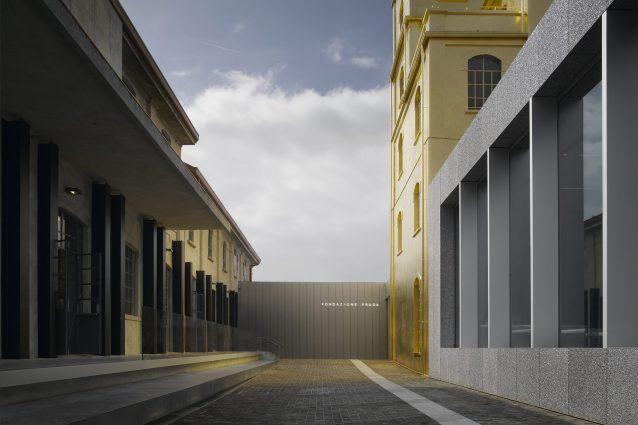 Fondazione Prada nuova sede di Milano Progetto architettonico di OMAFoto: Bas Princen2015Courtesy Fondazione Prada