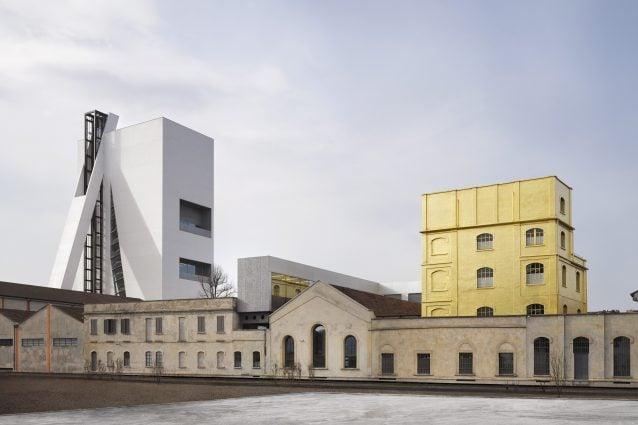 Fondazione Prada nuova sede di Milano Progetto architettonico di OMA Foto: Bas Princen 2015 Courtesy Fondazione Prada